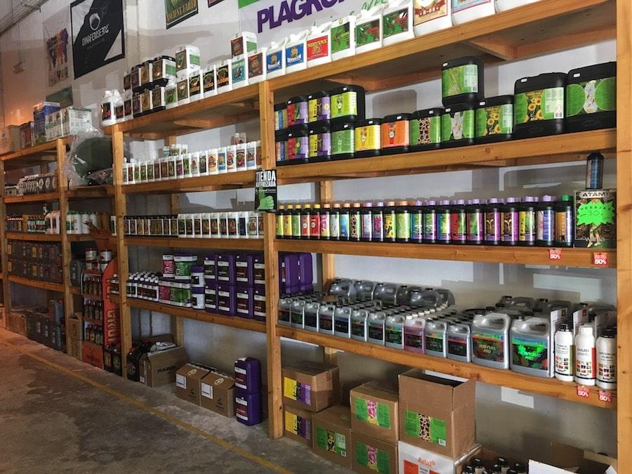 Cannabis Anbau indoor Düngemittel